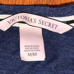 Victoria's Secret Tops - VS Basic T-Shirt